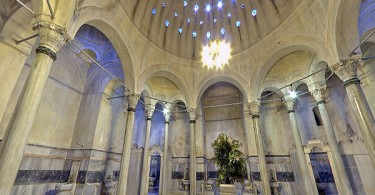 ISTANBUL, TURKEY: Cagaloglu Hamam (or Turkish bath) is one of the world's most well known and classic in design. Here we see the Hararet or hot room.